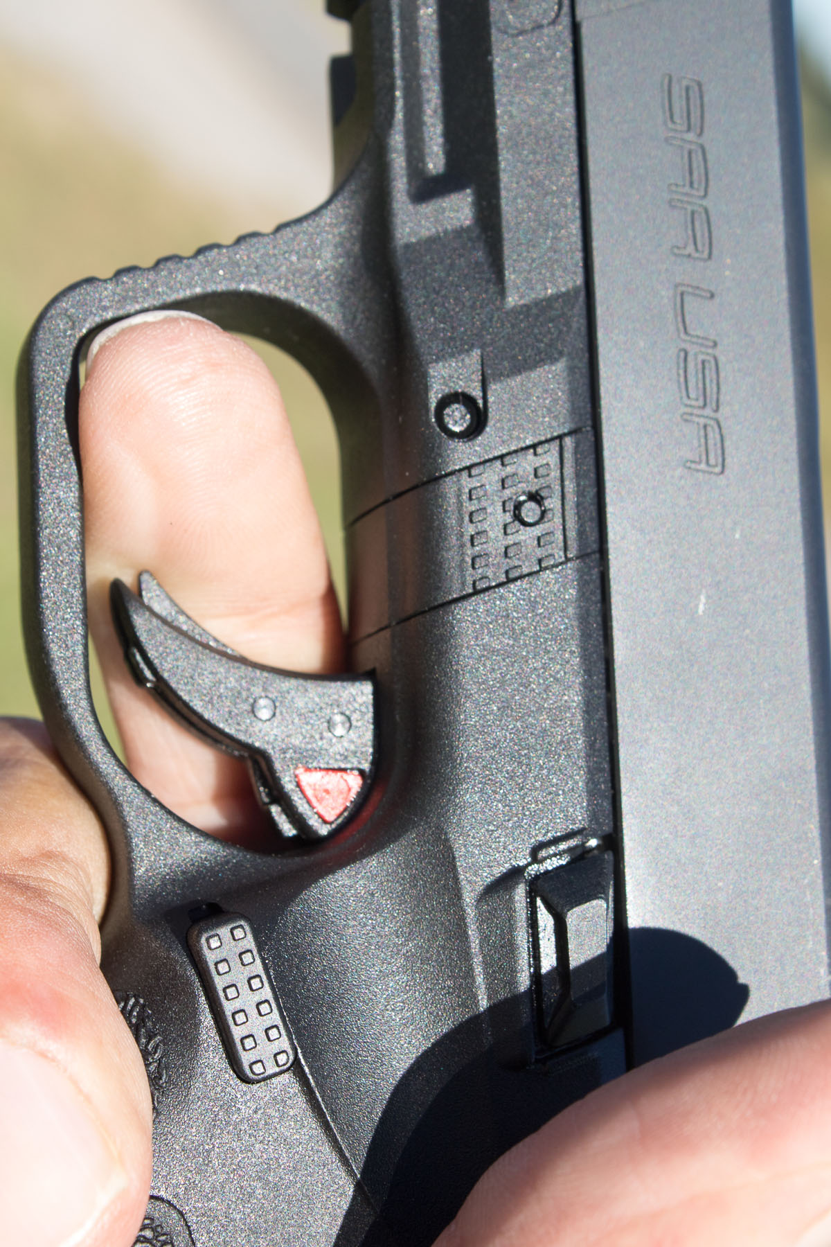 "Short trigger reach on SAR9 allows shooter to ""insert more finger"" and gain more leverage."